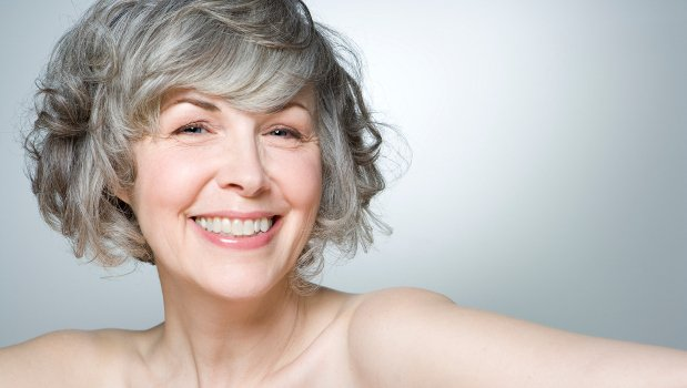 middle-age-woman-smile-620×350