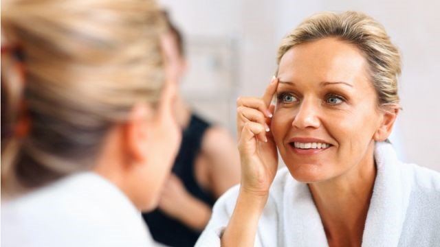 Face Skin Tightening Tricks for Ladies over 40 8